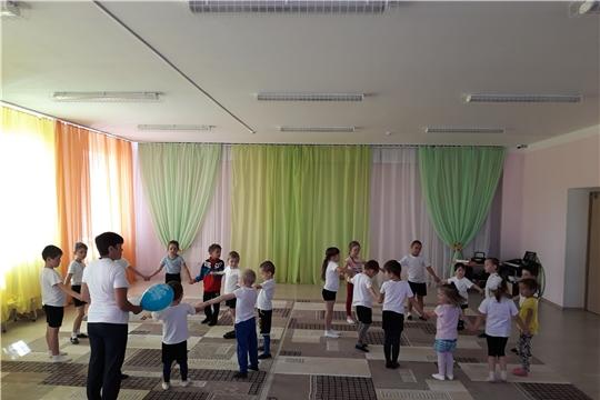 Весело и ярко прошло летнее спортивное развлечение в детском саду «Солнышко»