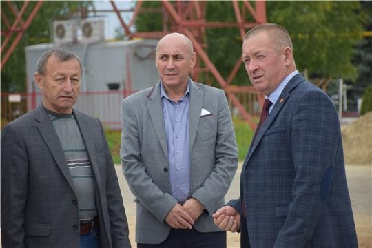 Глава администрации Красночетайского района проверил ход работ по благоустройству