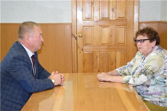Глава администрации Красночетайского района обсудил ход уборочных работ с руководителем СХПК «Коминтерн»