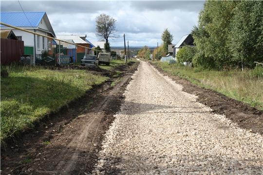 В рамках программы инициативного бюджетирования продолжается ремонт деревенских дорог
