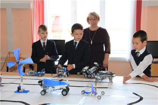 В трех школах Красночетайского района открыты центры образования цифрового и гуманитарного профилей «Точка роста»