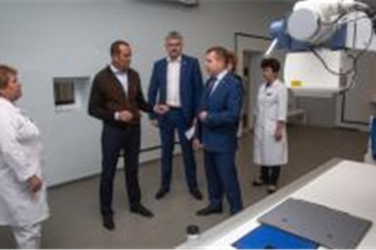 Глава Чувашии посетил детскую поликлинику Новочебоксарска