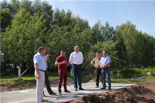 Владимир Викторов посетил центральные районные больницы Моргаушского и Ядринского районов