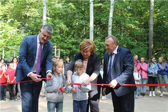 В Ельниковской роще ко Дню города Новочебоксарска открылась спортивная площадка