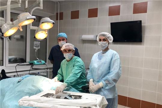 Наставники проводят показательные операции для стоматологов