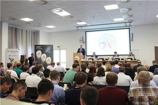 В Чебоксарах проходит XI Межрегиональная научно-практическая конференция «Актуальные вопросы эндопротезирования крупных суставов»