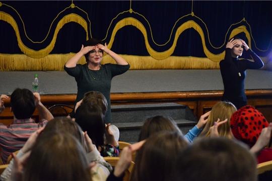 В Государственном русском драматическом театре прошел семинар-практикум «Проблемы и мастерство публичного выступления»