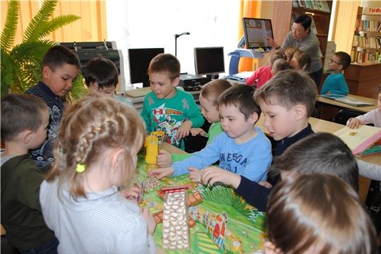 Урок толерантности «Давайте жить дружно» в Чувашской республиканской специальной библиотеке имени Льва Толстого