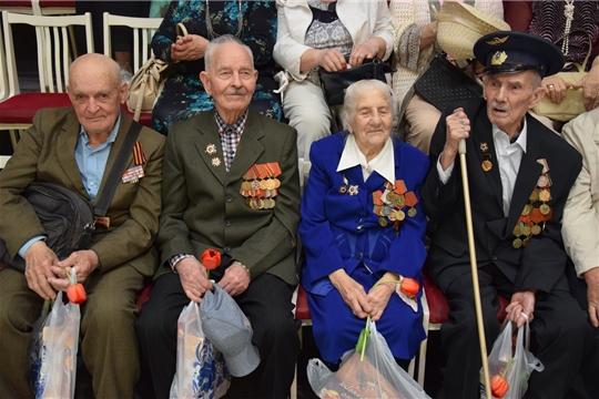 В Чувашском государственном экспериментальном театре драмы состоялась встреча с ветеранами