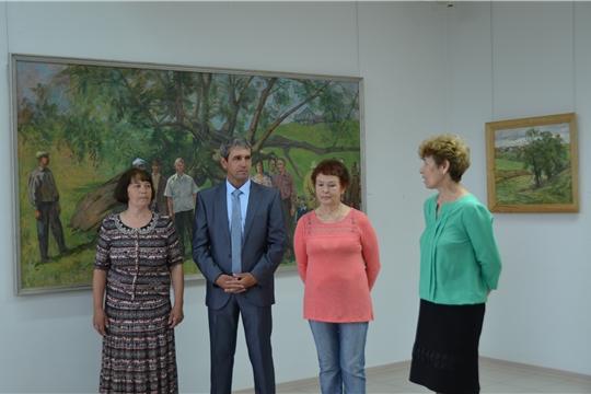 В Чувашском государственном художественном музее открылась выставка «Пĕр тымартан. Мы из одного корня» Валерия Краснова