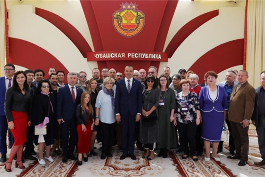 Глава Чувашии Михаил Игнатьев встретился с участниками XII Чебоксарского международного кинофестиваля