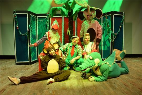 Экспериментальный театр представил увлекательный спектакль «Ах, лето!»