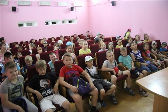 В Госкиностудии «Чувашкино» и архиве электронной документации прошло празднование Дня России