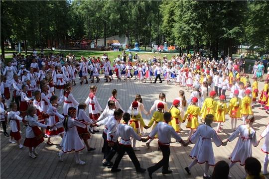 В Чебоксарах состоялся III Республиканский детский фестиваль-конкурс «Ача-пăча Акатуйĕ»