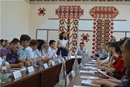 Состоялся круглый стол «Этническая культура в современном мире»