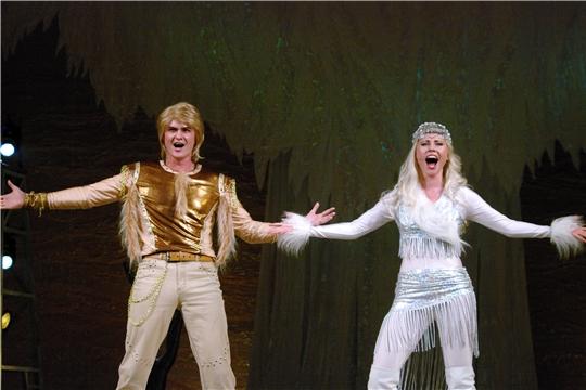 Сцена из мюзикла «Во мне душа Пихампара» Чувашского академического драматического театра украсит Всечувашский праздник «Акатуй»