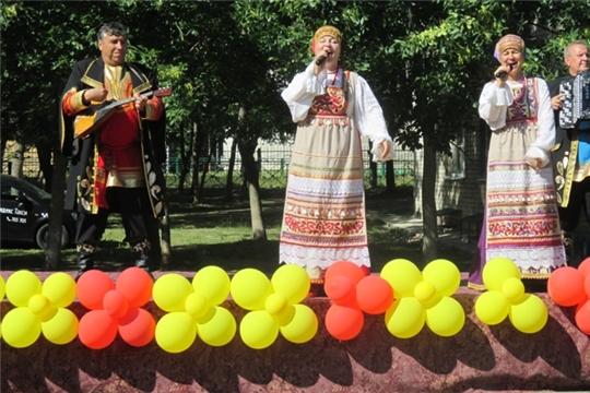 Праздничный ритм на сценической площадке Дворца культуры «Акация»