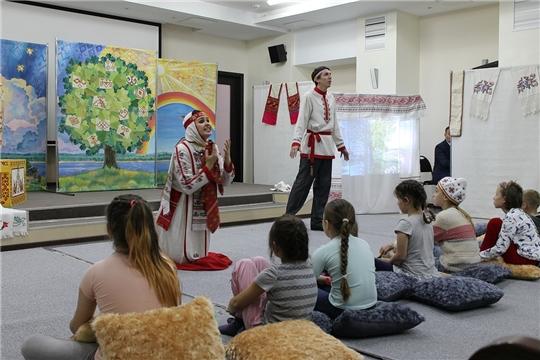 В Национальной библиотеке Чувашии состоялась новая театральная акция