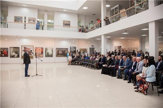 Состоялось открытие выставки, посвященной 85-летию со дня основания Чебоксарского художественного училища