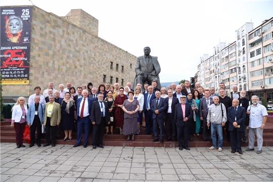 Народный поэт Чувашии Валери Тургай принял участие на Международном Гамзатовском литературном празднике