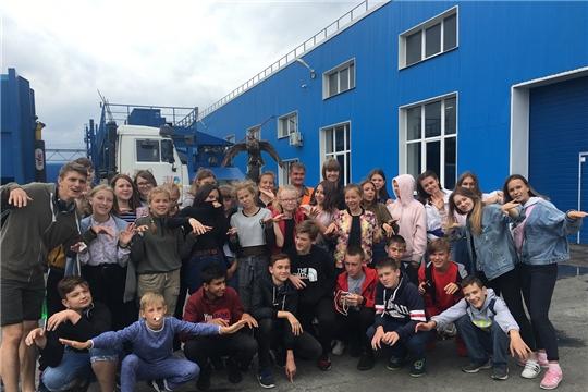 Дети, отдыхающие в лагере «Волжский берег», ознакомились с работой мусороперегрузочной станции г. Чебоксары