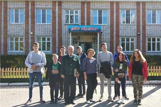 В Мариинско-Посадском лесничестве проведен эколого-просветительский час для студентов