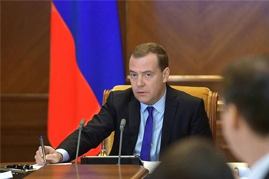 Медведев заявил о завершении подготовки программы комплексного развития села