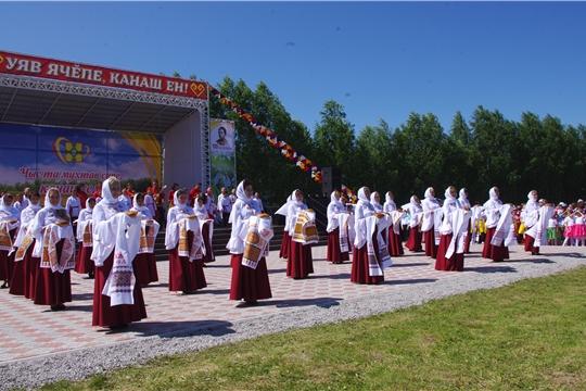 Сергей Артамонов принял участие в праздновании Акатуя в Канашском районе