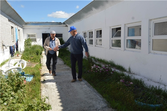 Глава администрации Красноармейского района познакомился с буднями аграриев