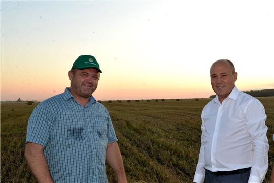Фермерское хозяйство Решита Санзяпова первым в республике завершило уборку зерновых