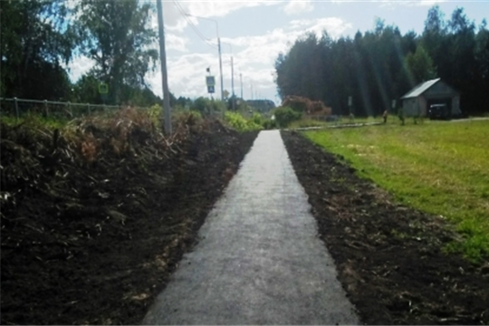 """В Канашском районе завершены работы по строительству тротуаров в рамках проекта """"Безопасные и качественные автомобильные дороги"""""""