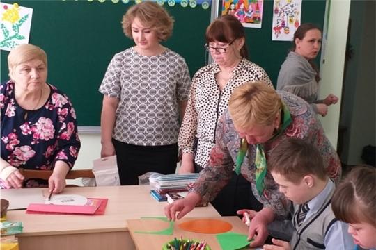 Волонтеры «серебряного» возраста Новочебоксарского ЦСОН навестили воспитанников Кугесьского детского дома-интерната