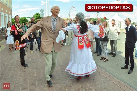 Столицу Чувашии посетил народный артист СССР Василий Лановой