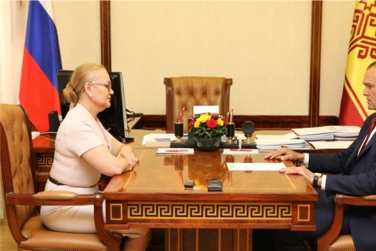 Глава Чувашии Михаил Игнатьев поблагодарил Светлану Ананьеву за вклад в социально-экономическое развитие Чувашской Республики