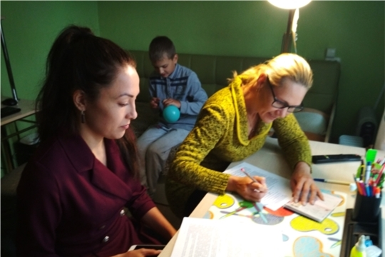 В Чебоксарах стартовал проект для детей-инвалидов «Домашняя няня»