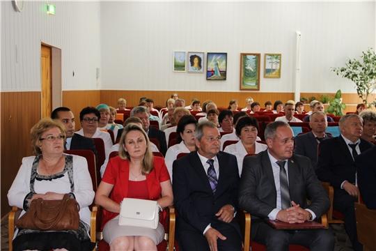 Министр Сергей Димитриев поздравил Кугесьский дом-интернат для престарелых и инвалидов с 50-летним юбилеем