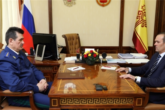 Глава Чувашии Михаил Игнатьев встретился с заместителем Генпрокурора России Сергеем Зайцевым