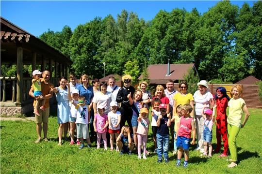Сотрудники Минюста Чувашии организовали праздник в честь Международного дня защиты детей