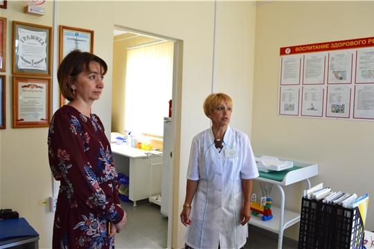 Министр Наталья Тимофеева посетила Аликовский район