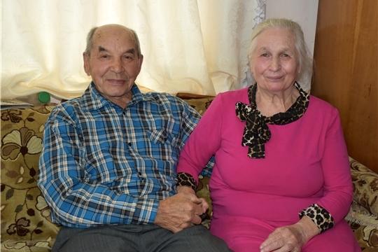 В Моргаушском районе чествовали «изумрудных» юбиляров семейной жизни супругов Леонтьевых