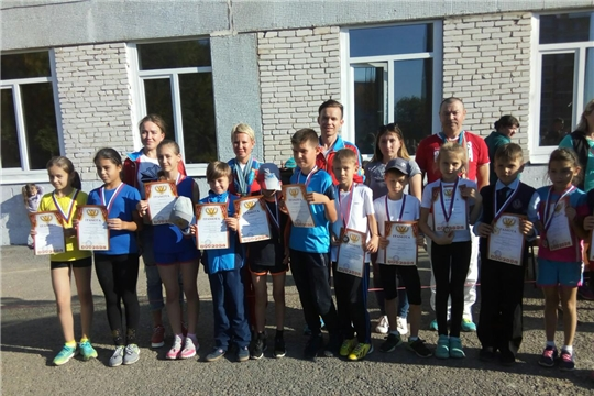 Звёзды спортивного мира встретились с участниками легкоатлетического кросса «Золотая осень»
