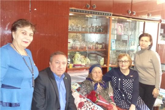 г. Новочебоксарск: ветеран Великой Отечественной войны Александра Павловна Александрова отметила 90-летний юбилей