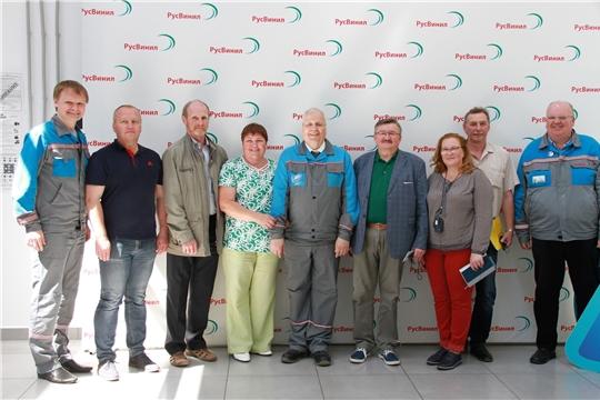 Сотрудники «Химпрома» оценили организацию производства на родственном предприятии