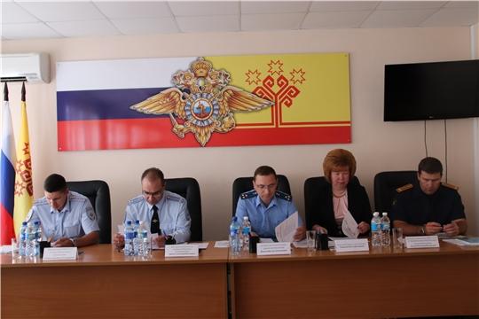 В ОМВД России по г. Новочебоксарск состоялось совещание по подведению итогов деятельности за первое полугодие 2019 года