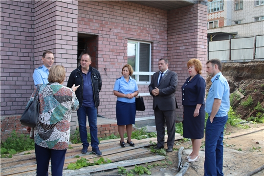 г. Новочебоксарск: вопросы строительства и ввода жилья - на личном контроле у главы городской администрации и прокурора г. Новочебоксарска