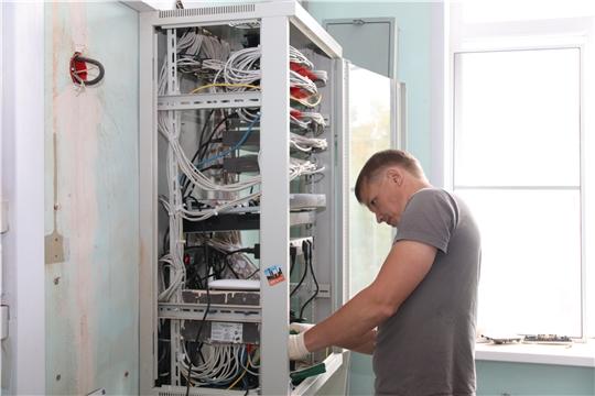 в Новочебоксарске близится к завершению второй этап капитального ремонта школы № 3