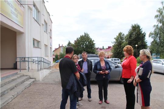 Глава администрации Новочебоксарска Ольга Чепрасова ознакомилась с ходом ремонта в Детской музыкальной школе