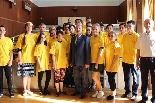 Министр пожелал членам сборной достойно выступить в финале Национального чемпионата «Молодые профессионалы»