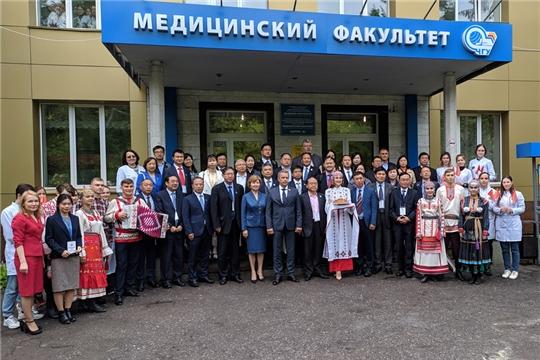 Участники Форума Ассоциации вузов «Волга – Янцзы» посетили ЧГУ им.И.Н. Ульянова