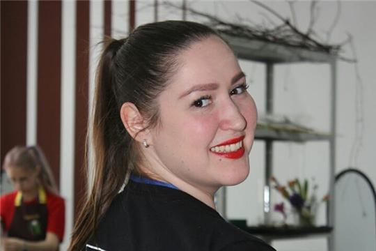 Преподаватель из Чувашии стала сертифицированным экспертом Worldskills Russia по компетенции «Флористика»